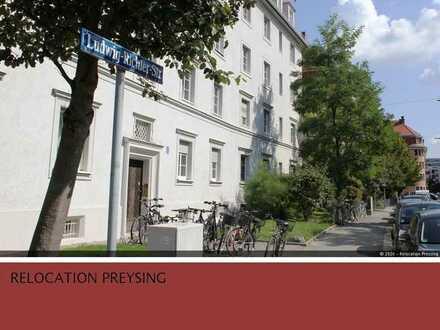 Charmante 3,5 Zimmer Altbau-Wohnung mit Balkon und Wohnküche in Laim