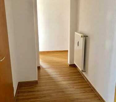 Erstbezug nach Sanierung mit Balkon: 2-Zimmer-Wohnung in Zwickau