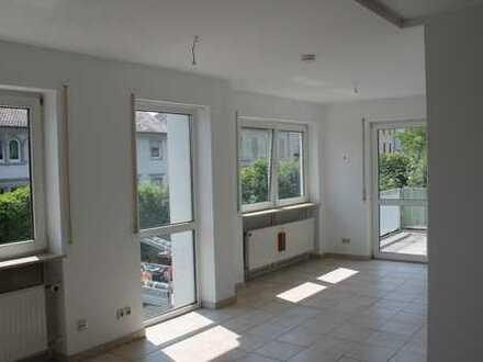 Vollständig renovierte 4-Raum-Wohnung mit Balkon in Bad Kreuznach Stadt