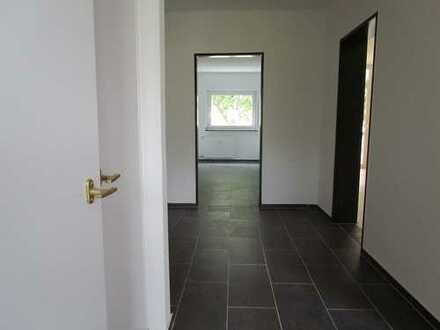 Erstbezug nach Sanierung: helle 2 Zimmerwohnung mit Balkon im Kölner Norden