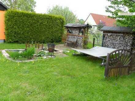 IMMOBERLIN: Sympathisches Einfamilienhaus auf Grundstücksidylle