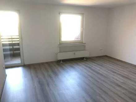 Zur Angebotsübersicht *Alles NEU* 3 Zimmer-DG-Wohnung mit Balkon in Bochum Wattenscheid