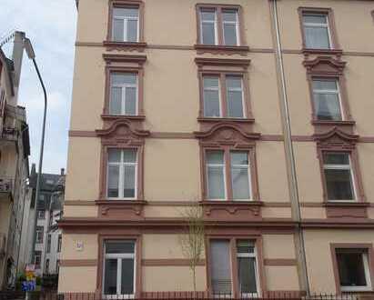 1.950 €, 100 m², 4 Zimmer