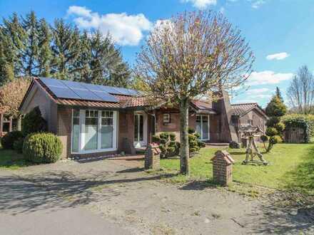 Ein Ferienbungalow inklusive: 3-Zi.-Landhaus mit vielfältigen Highlights und weitläufigem Grundstück
