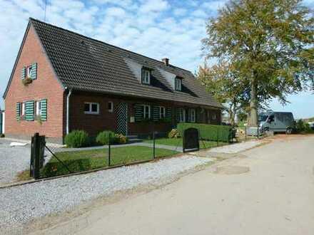 Schönes Haus mit fünf Zimmern in Neuss (Rhein-Kreis), Korschenbroich