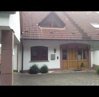 Ansprechende 5-Zimmer-Doppelhaushälfte, Mömbris