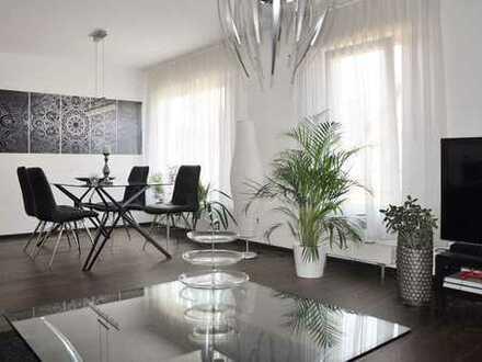 Exklusive, neuwertige 2,5-Zimmer-Maisonette-Wohnung mit Einbauküche in Freudental