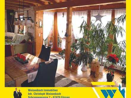 Traumhaft gelegenes Einfamilienhaus mit Einliegerwohnung und herrlichem Bergblick
