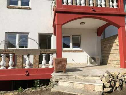 Oftersheim NW: Attraktive 3 Zimmer Wohnung mit Garten