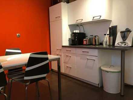 Schöne, geräumige zwei Zimmer Wohnung in Mannheim, Oststadt / nähe vom Wasserturm