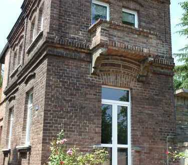 Stilvolles Single-Haus mit Moselblick in Koblenz-Metternich