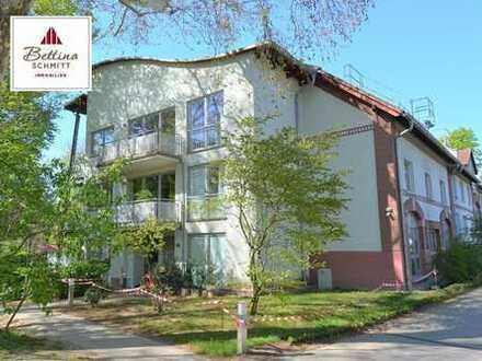 Frankfurt - Wohnen im Schlosspark - 3 Zimmer-Küche-Bad