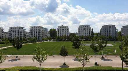 Erstbezug Parkend: Traum 3-Zimmer-Wohnung mit EBK + Sonnenbalkon am Europagarten (TG mit Wallbox)