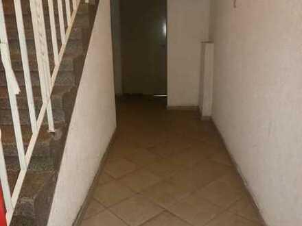 Voll-vermietetes Mehrfamilienhaus im Klinikviertel zu verkaufen!