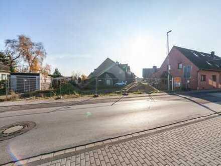 Einfamilienhaus mit Baugenehmigung für ein weiteres EFH mit Einliegerwohnung zu verkaufen!!