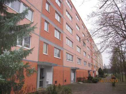 Modernisierte 4 Zimmerwohnung mit Balkon und Fahrstuhl