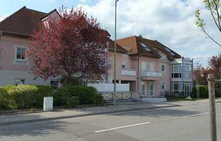 Helle 2 Zimmer Wohnung mit EBK und WiGa in Augsburg, Hochzoll