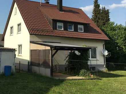 Schönes Haus mit siebeneinhalb Zimmern in Böblingen (Kreis), Gäufelden