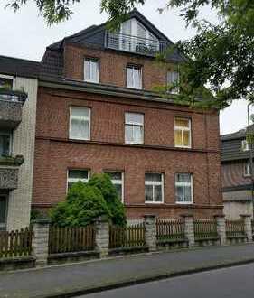 Eine charmante 3 Zimmer Altbau Wohnung zur Miete in Ratingen