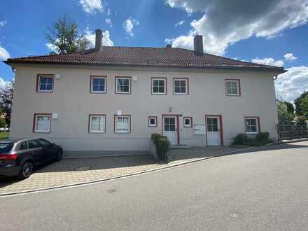 """Schöne 2-Zimmer-Wohnung mit Blick auf die """"Momm-Villa"""""""