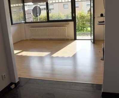 2-Zimmer-Terrassenwohnung mit KFZ-Stellplatz (frei ab sofort)
