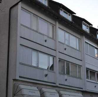 99.500-119.500 € - Kapitalanlage - 1-Zimmer-Dachgeschosswohung in Stuttgart-Degerloch