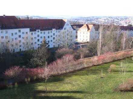 Sonnige 3-Zimmer-Wohnung zur Miete in Plauen, Ruhig, toller Gartenblick