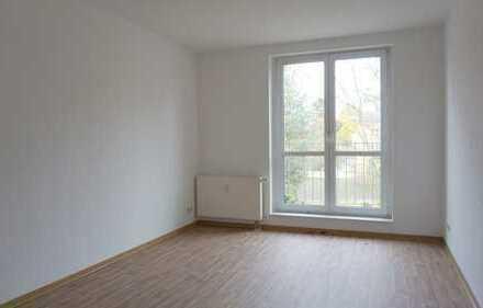 3-Raum-Wohnung_74 m²_Bad mit Wanne_Abstellraum_Stellplatz