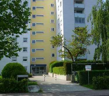 Sonnige 3-Zimmerwohnung mit Balkon und TG Stellplatz