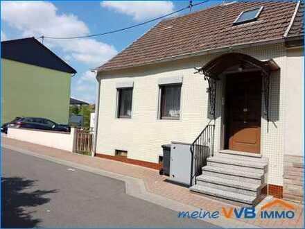 **NEUER PREIS**Kleines 1-Familienhaus mit schönem Garten in Landsweiler