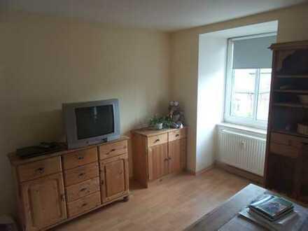 *IHR NEUES ZUHAUSE! 1-Zi.-Wohnung mit 34m² in Sonneberg Zentrum mit Einbauküche*