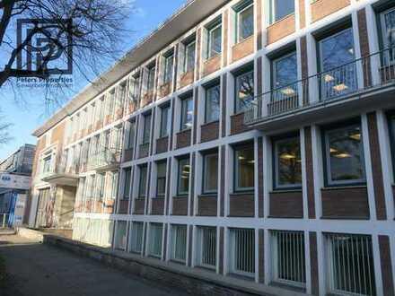 Bürogebäude mit dem Charme der 60er Jahre