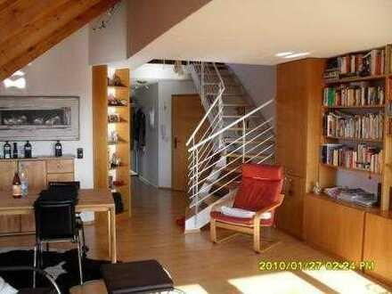 Exklusive DG-Wohnung auf zwei Ebenen in zentraler Lage