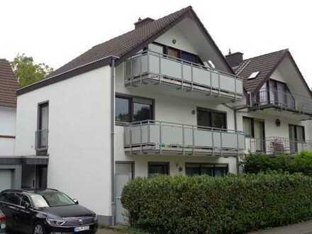 Bonn Godesberg-Schweinheim, 56 qm, 2 ZKDB; 2 Balkone an berufst. Einzelperson o. Rentner