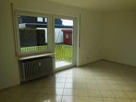 Stilvolle, gepflegte 1-Zimmer-Wohnung mit Balkon in Warthausen/Oberhöfen