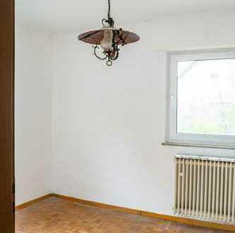 Stilvolle, gepflegte 4-Zimmer-Wohnung mit Balkon und Einbauküche in Boeblingen