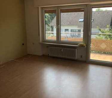 Freundliche 3,5-Zimmer-Wohnung mit Balkon in Hasselroth