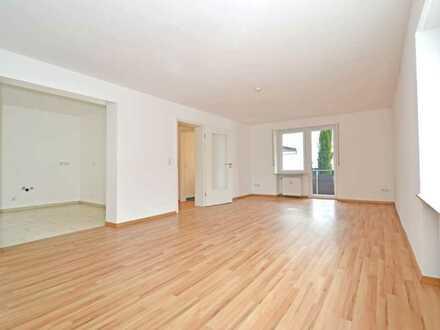 Schöne 5-Zimmer-EG-Wohnung mit zwei Balkonen in Goldbach/zentral