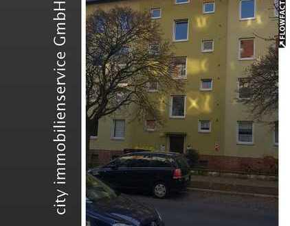 Frisch renovierte DG-Wohnung zum sofortigen Bezug