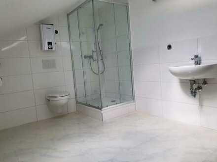 Geräumige 2-Zimmer-Wohnung zur Miete in Heddesheim, Erstbezug