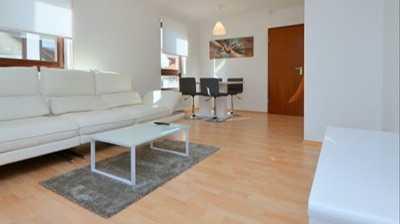 Möblierte Wohnung In Dagersheim Nähe Hulb/Daimler/HP/Sindelfingen/Böblingen