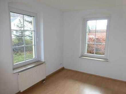 Sanierte 3-Raum Wohnung mit Balkon in Lichtenstein in bester Lage