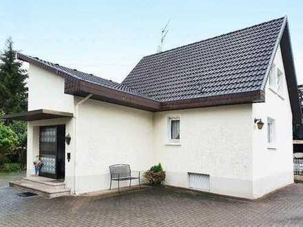 Kleines freistehendes Einfamilienhaus mit Gartengrundstück in Leimen