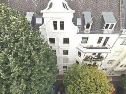 Wunderschöne Altbauwohnung in Herzen von Wiesbaden !