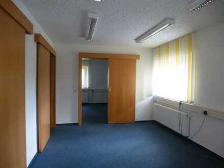Helle Büro- oder Praxisräume in verkehrsgünstiger Lage zu Top-Konditionen