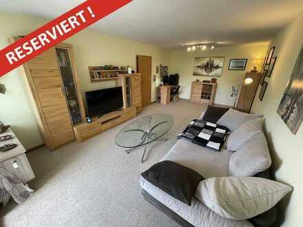 RESERVIERT: Gepflegte 2-Zimmer Wohnung mit Balkon und zwei Stellplätzen in Schönau