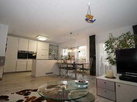 Vollständig renovierte 4-Zimmer-Maisonette-Wohnung mit Balkon in Ludwigshafen-Melm