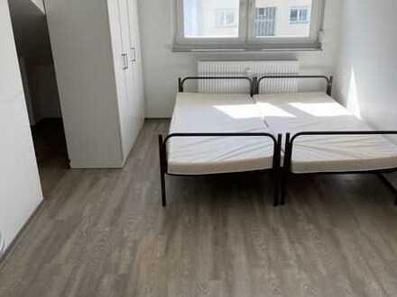 Erstbezug nach Sanierung: stilvolle 1-Zimmer-DG-Wohnung in Pforzheim