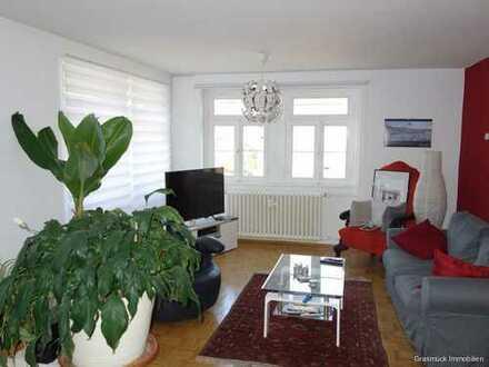Sonnige 2-Zimmer Terrassenwohnung, Küche, Bad direkt in Büdingen