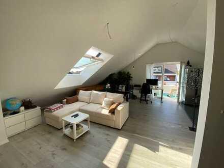 Neubau - Schöne 2-Zimmer-Wohnung mit Balkon im DG zu vermieten